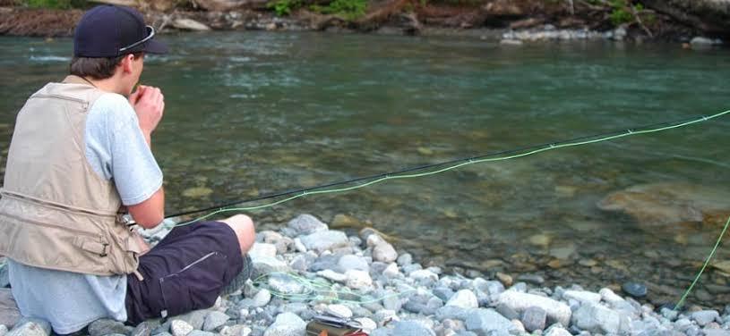 Umpan mancing sungai jernih