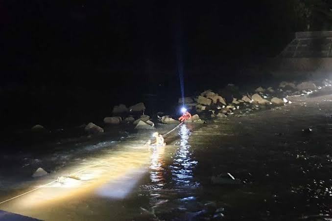 Tips mancing malam hari di sungai